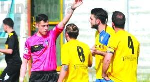 Schiaffo all'arbitro: Beinasco-Caprie finisce prima del tempo