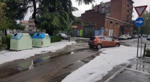 Violento nubifragio in cintura ovest: grandine come fosse neve