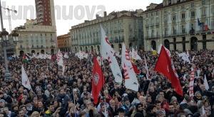 Torino invasa dai No Tav: 70mila in corteo