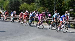 Avigliana, il Giro d'Italia e il GiroE: grande festa in città