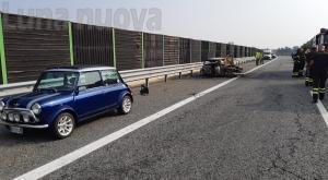 Orbassano, padre e figlia travolti in autostrada