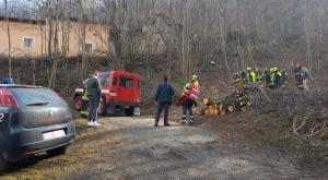S.Antonino: agricoltore rimane schiacciato sotto il trattore