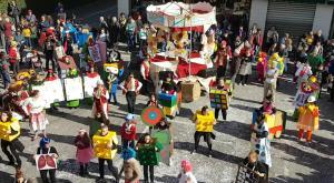 """S.Ambrogio: """"Il mondo dei giocattoli""""... visto dall'alto"""