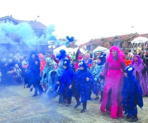 S.Ambrogio: Savellera conquista il Carnevale dei borghi