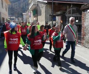 Il Torch Run accende la bassa valle: festa Special Olympics