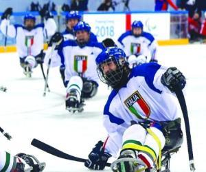 Sledge-hockey a PyeongChang: un piossaschese fa gol ai mostri americani