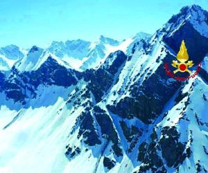 Cesana: tre scialpinisti salvati dall'elicottero