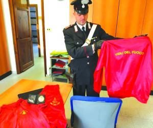 Condove, un ladro in veste di vigile del fuoco: scatta la denuncia