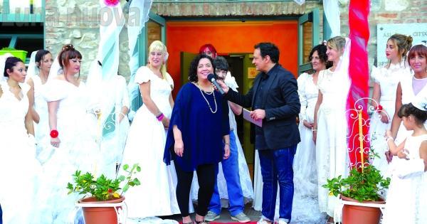 Collegno, alla Certosa sfilano abiti da sposa donati ai bisognosi