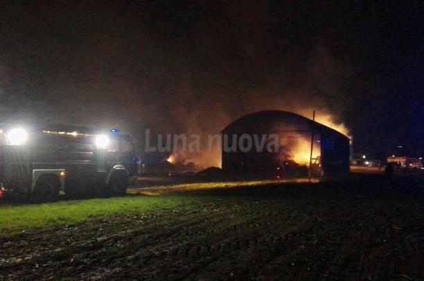 S.Ambrogio: fiamme nella notte a Cascina Bertini
