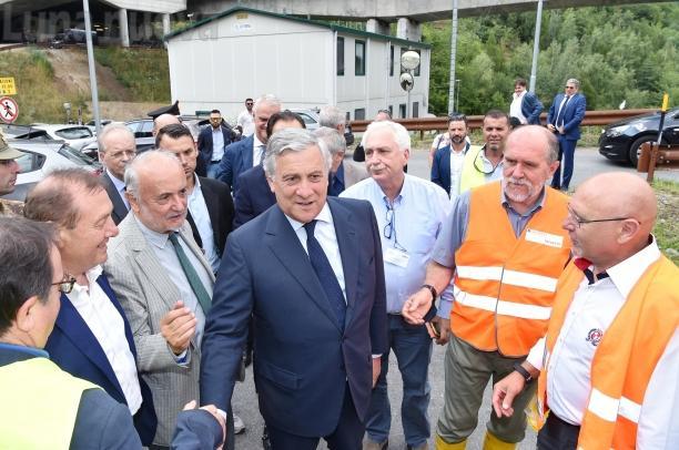 Tav: Tajani in visita al cantiere, Conte prende altro tempo