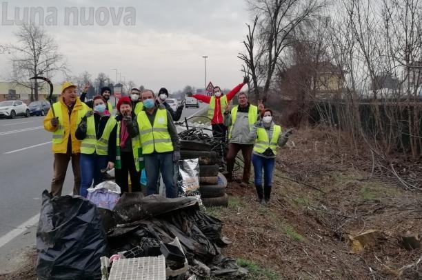 Rivalta,150 ore di pulizie per l'ambiente